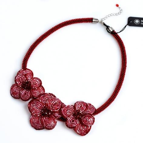 Náhrdelník Bordó květy