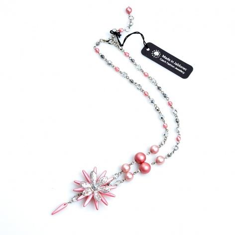 Náhrdelník Šitá květina v růžové